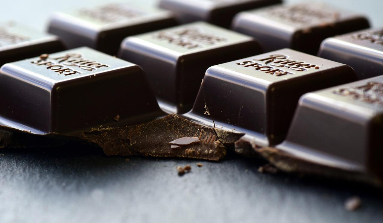 吃巧克力就不痛了?